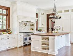 Traditional Kitchen. Traditional Kitchen Design. Traditional White Kitchen. Traditional White Kitchen Design. #Traditional #Kitchen #TraditionalKitchen JackBilt Homes.