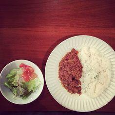 CAFE JIMAMA / hitotsubuさん(@cafejimama_hitotsubu) • Instagram写真と動画 Chicken Curry, Grains, Rice, Instagram, Food, Essen, Meals, Seeds, Yemek