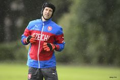 Petr Čech training for the Czech Republic-Netherlands Euro 2016 qualifier