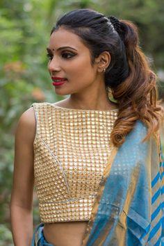 Beige mirrorwork boatneck sleeveless blouse  #blouse #saree #houseofblouse #desi #indianwear #beige #mirrorwork #georgette #sleeveless ##boatneck