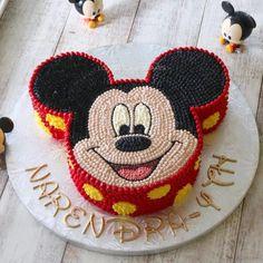 Mickey Birthday Cakes, Mickey Mouse Birthday Decorations, Theme Mickey, Mickey 1st Birthdays, Mickey Mouse Cupcakes, Mickey Cakes, Mickey Mouse Clubhouse Birthday, Mickey Party, 3rd Birthday