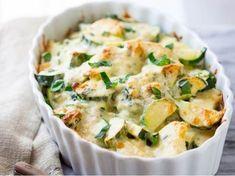 Zapečená cuketa -   Prostřeno.cz Potato Salad, Mashed Potatoes, Food And Drink, Cooking, Healthy, Ethnic Recipes, Fit, Invite, Quotes