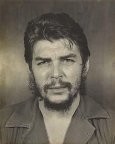 Copyright: Estate of © Liborio Noval, Havana, Cuba Che Guevara Tattoo, Che Quevara, Che Guevara Photos, Trinidad, Cuba History, Fotojournalismus, Ernesto Che Guevara, Martial Arts Workout, Charcoal Art