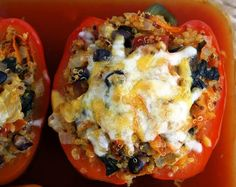Quinoa stuffed peppers with spinach and black beans! (vegan, gluten-free)