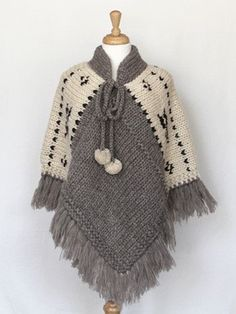 Poncho gris y manteca. Poncho - Natural (I'm thinking grannie squares along the shoulder instead of white knits - ?) Items are sold at storesBilledresultat for ponchos clothingPoncho - Natural --idea only no patternCould crochet this, make four equal Knitted Cape, Crochet Poncho Patterns, Crochet Scarves, Crochet Shawl, Crochet Clothes, Knitting Patterns, Knit Crochet, Crochet Ideas, Poncho Outfit