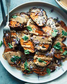 Potato Recipes, Veggie Recipes, Whole Food Recipes, Vegetarian Recipes, Dinner Recipes, Cooking Recipes, Vegetarian Grilling, Healthy Grilling, Vegetarian Diets