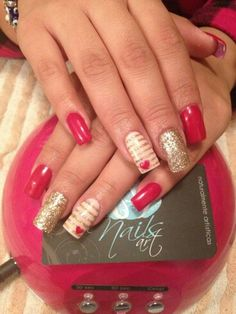 Not a fan of the shape, just the colors acrylic nails, red nails. Get Nails, Fancy Nails, Pretty Nails, Red And Gold Nails, Red Gold, Golden Nails, Cream Nails, Colorful Nail Designs, Fabulous Nails