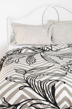 Urban Outfitters - Magical Thinking Painted Vine Duvet Cover