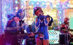 Tan solo en una ciudad como Tokio los frikis pueden sumergirse en el mundo manga, bailar con robots y atiborrarse de bandejas de sampura (comida de plástico). http://elviajero.elpais.com/elviajero/2016/02/16/actualidad/1455636037_358296.html