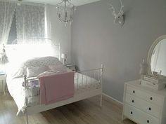 Sweet bedroom Source by Guest Bedroom Decor, Ikea Bedroom, Cozy Bedroom, Bedroom Ideas, Woman Bedroom, Girls Bedroom, Girl Room, Bedding Inspiration, Room Inspiration