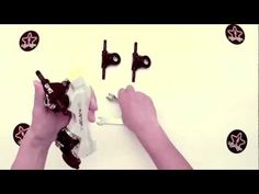 RollerGirl.ca How To: Adjusting the pivots of your roller skate trucks