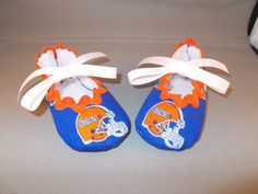 Florida Gator Baby Booties by SnazzyLittleKnits on Etsy, $15.50