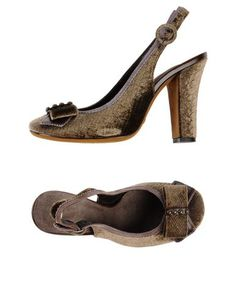 90de2cdb113b Shy Women Pump on YOOX. The best online selection of Pumps Shy. YOOX  exclusive items of Italian and international designers - Secure payments