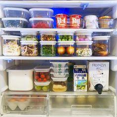 冷蔵庫の中もすっきり♡100均アイテムで上手な15の整頓術 - Locari(ロカリ)