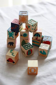 Have guests hand-paint the blank sides of wooden blocks as a keepsake!