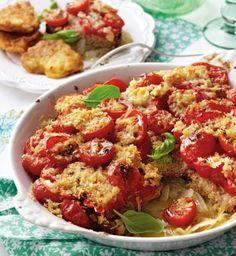 Das Rezept für Bruschetta-Tomaten-Auflauf mit Parmesan und weitere kostenlose Rezepte auf LECKER.de
