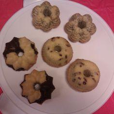 Mini cakes, three ways