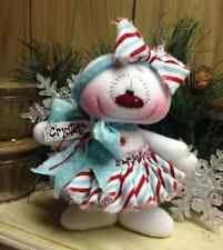 Crystal the cut snow girl Christmas Clay, Tacky Christmas, Christmas Sewing, Primitive Christmas, Diy Christmas Ornaments, Christmas Snowman, Christmas Holidays, Xmas, Santa Crafts