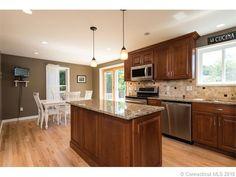 Kitchen Remodel in Old Lyme CT - New cabinets, new countertops, recessed lighting, tile backsplash. www.shawremodeling.com #kitchen #remodeling #renovation