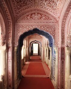 Samode Palace, Jaipur, India // Katie Armour Taylor