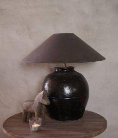 Kruiklamp gemaakt van oude geglazuurde Pot