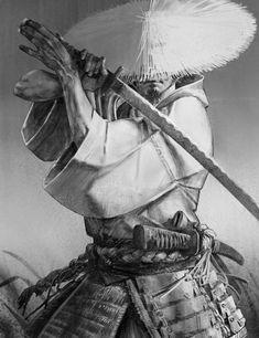 Oni Samurai, Samurai Warrior Tattoo, Character Portraits, Character Art, Character Design, Ronin 2, Sword Poses, Samurai Artwork, Ninja Art