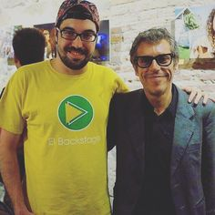 Con Iván Ferreiro, un grande la música española. Ivan Ferreiro, Concerts, Backstage, Grande, Mens Tops, T Shirt, Fashion, Supreme T Shirt, Moda