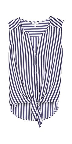 Perfect top for 4th of July weekend #dailycrush http://rstyle.me/n/8vupb95