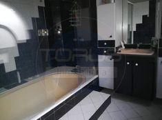 Casa en Venta - Laureles, Medellín | Ciencuadras Bathtub, Bathroom, Sell House, House Beautiful, Standing Bath, Washroom, Bathtubs, Bath Tube, Full Bath