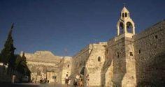 الفلسطيني على الصليب