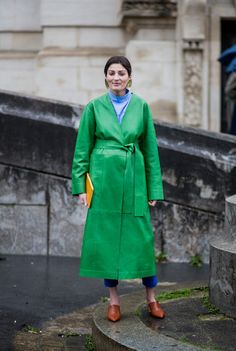 GORGEOUS Kelly Green Long Leather Coat ~ I would LOVE this!