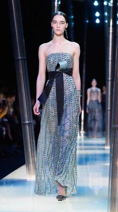 Giorgio Armani Privé - Primavera-verão 2015 - Vogue Portugal