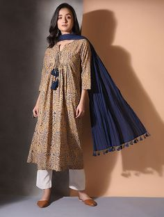 Best 12 Multicolor Kalamkari Cotton Kurta with Gathers Pakistani Formal Dresses, Pakistani Fashion Casual, Pakistani Dress Design, Pakistani Frocks, Casual Saree, Pakistani Outfits, Kalamkari Dresses, Kalamkari Kurta, Kanjivaram Sarees