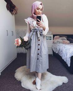 sherynnkh Hijab Fashion Summer, Modern Hijab Fashion, Muslim Fashion, Modest Fashion, Skirt Fashion, Fashion Outfits, Indie Outfits, Hijab Outfit, Modest Dresses