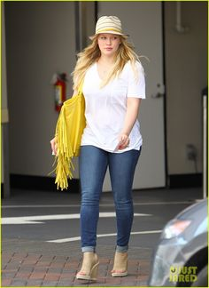 4a138960bb851 ... Eugenia Kim Evelyn beret. See more. Hilary Duff Hilary Duff Style