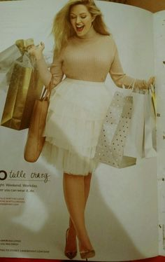 Layered tulle skirt and neutral tomes with metallic pumps