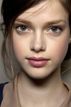 soft rose mauve lips #face #makeup #portrait