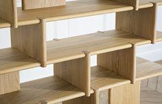 Disponibles en plusieurs finitions, tous les meubles sont fabriqués à partir de hêtre ou de chêne éco-sourcés dans une manufacture des Vosges. Comptez six semaines de livraison.