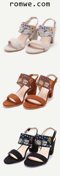 Embroidery Strap Chunky Heeled Sandals