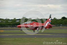 Red Arrow landing at Farnborough Airshow 2016