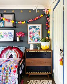 Teen Girl Bedrooms truly brilliant concept 8772585318 - Amazing teen girl room examples to create that dream girly area. Small Room Bedroom, Girls Bedroom, Bedroom Decor, Bedroom Ideas, Small Rooms, Teenage Girl Bedrooms, Little Girl Rooms, My New Room, Kids Decor