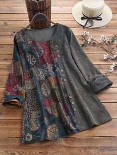 Ethnic Leaves Print Patchwork Corduroy Long Sleeve Blouse look not only special, but also they always show ladies' glamour perfectly and bring surprise. Come to NewChic to choose the best one for yourself! Stylish Dresses For Girls, Girls Dresses, Stil Inspiration, Pakistani Dress Design, Pakistani Fashion Casual, Blouse Outfit, Fashion Outfits, Womens Fashion, Corduroy