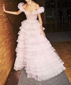 haute couture fashion – Gardening Tips Evening Dresses, Prom Dresses, Formal Dresses, Wedding Dresses, Vestidos Para Baby Shower, Pretty Dresses, Beautiful Dresses, Ralph & Russo, Mode Inspiration