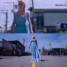 Elsa exploring Storybrook