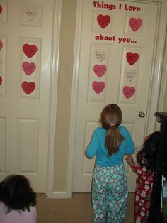 love notes on their doors!  LOVE it