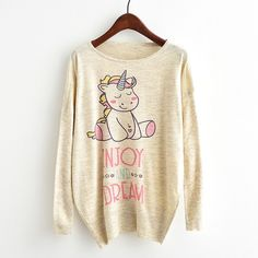 A cute, light and warm sweater that fits with any jeans or outfit. Cat Sweaters, Sweaters For Women, Harajuku, Cartoon Unicorn, Pulls, Pattern Fashion, Sleeve Styles, Cartoons, Graphic Sweatshirt