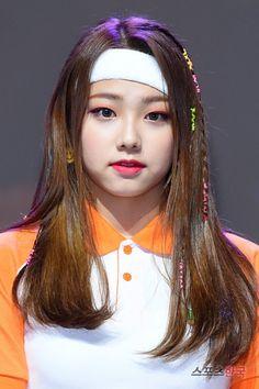 KANGMINAS Kpop Girl Groups, Korean Girl Groups, Kpop Girls, Kpop Hair, Jellyfish Entertainment, Kawaii, Fandom, Attractive People, South Korean Girls