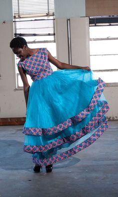 Latest Ankara Dress Styles - Loud In Naija Ankara Dress Styles, Kente Styles, African Print Dresses, African Print Fashion, Africa Fashion, African Dress, African Attire, African Wear, African Style