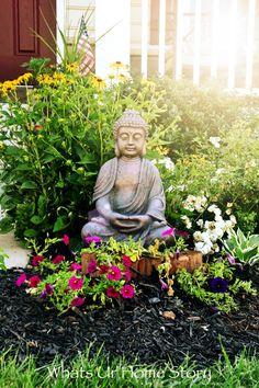zen garden with Buddha statue Diy Garden, Garden Art, Shade Garden, Garden Design, Fairy Gardening, Garden Landscaping, Garden Statues, Garden Sculpture, Buddha Decor