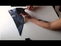 Cómo hacer una tela de araña con bolsas de basura - YouTube